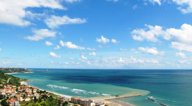 Абруццо — район на берегу Адриатического моря