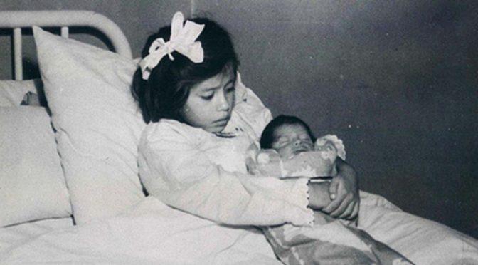 Помните девочку, которая родила в 5 лет? Увидев, ее сейчас, обомлеете