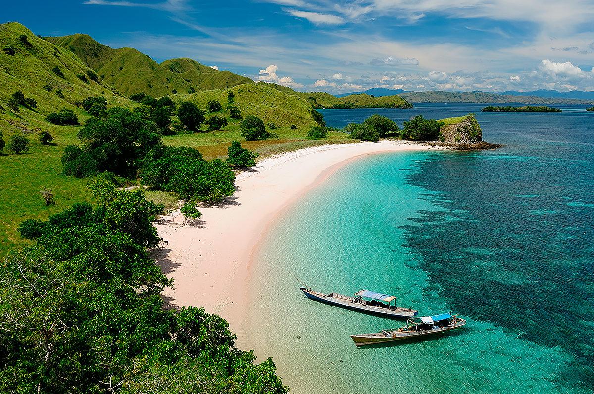 Необитаемый остров Менджанган в Индонезии