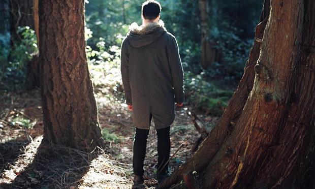 Мужчина частенько уезжал в лес, жена решила проследить за ним и обомлела