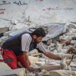 Сириец не стал уезжать из разрушенного города из за брошенных кошек